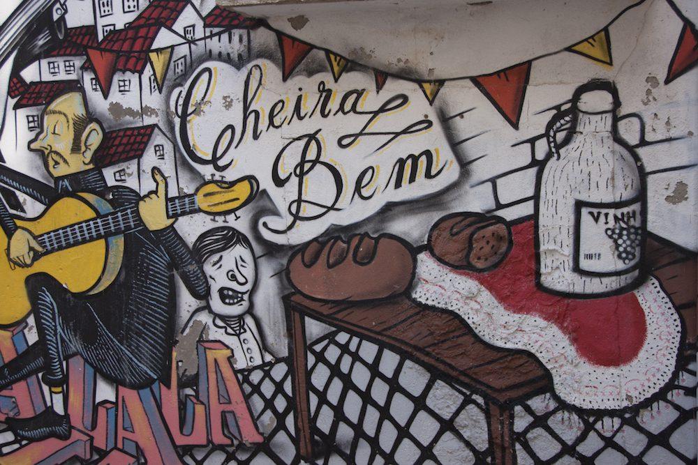 Graffiti in Lissabon Kinder finden das wunderbar