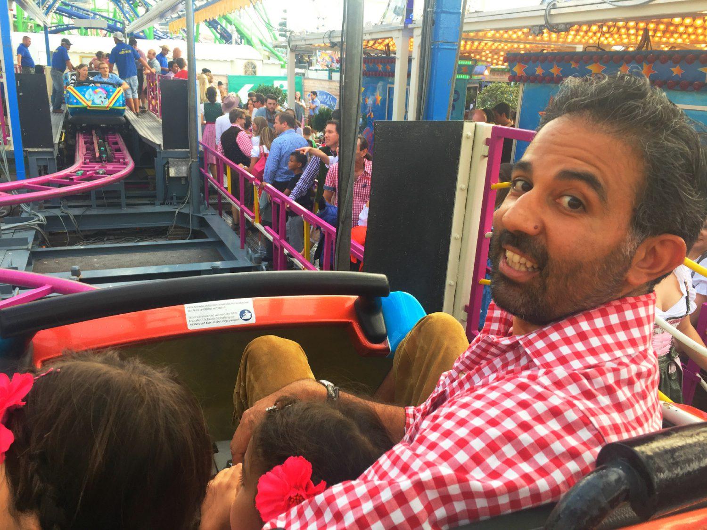 Achterbahnfahren mit Kindern auf der Wiesn - Schreien gehört dazu!