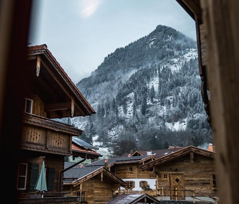 Das Chaletdorf im Winter eingefangen von Gianna, die uns die Alpzitt Chalets empfohlen hat