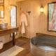 Stilvoll natürlich geht´s auch im Badezimmer zu