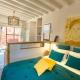 Schlafzimmer im Taabiah Cottage. Wir lieben diese Farben!