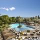Gleich in zwei großen Pools und einem Babypool könnt Ihr im Cretan Malia Park plantschen