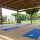Im Yoga-Pavillion könnt Ihr Euch jeden Morgen fernöstlich betätigen
