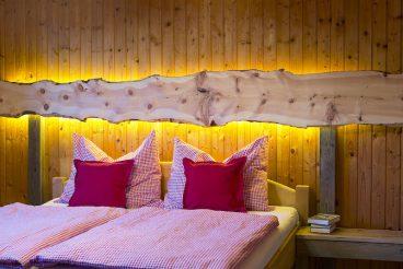 Ferienhäuser Gerhart Schlafzimmer