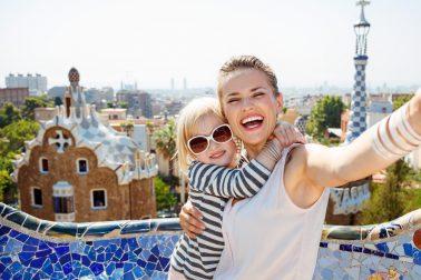 Mit der Familie auf Gaudis Spuren in Barcelona