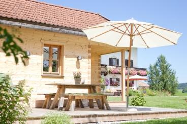 Hof-Gottenau-Almhütte-Terrasse
