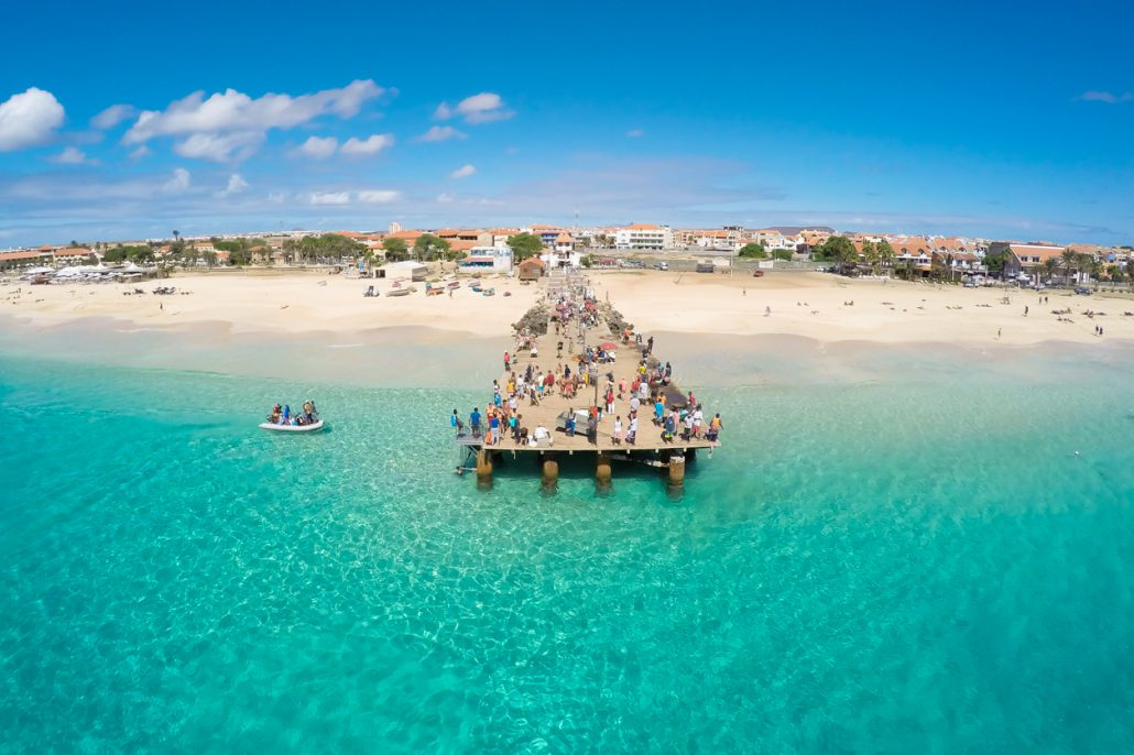 Einer der schönsten Strandabschnitte auf Sal: Der Santa Maria Beach. Auch im März herrscht hier Badewetter!