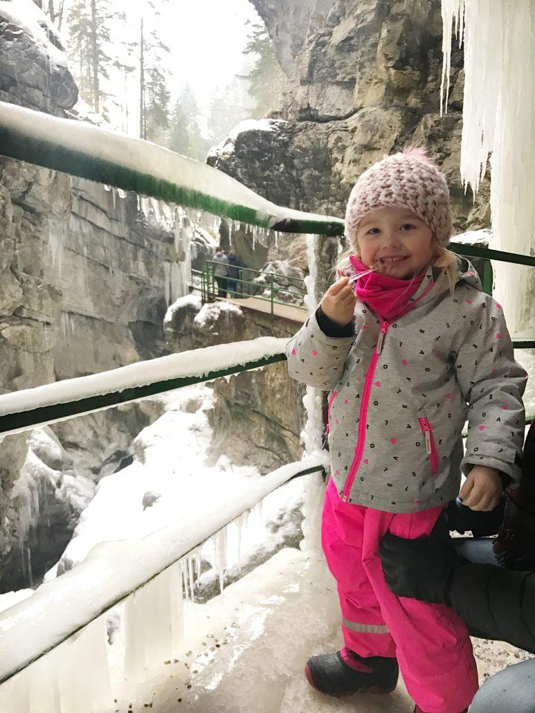 Winterurlaub mit Kindern im Allgäu - die Breitachklamm!
