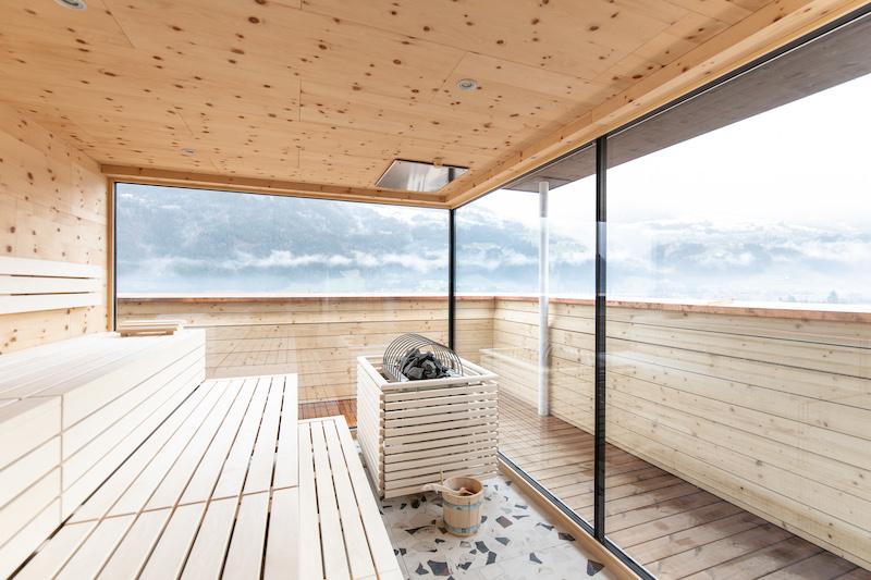 Das Mari Pop in Ried - wann hat man schon so einen Ausblick von der Sauna aus? (Foto @Mari Pop)