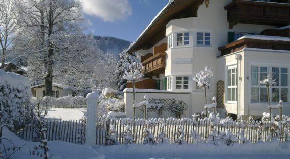 Der Eingang im Landhaus Marinella