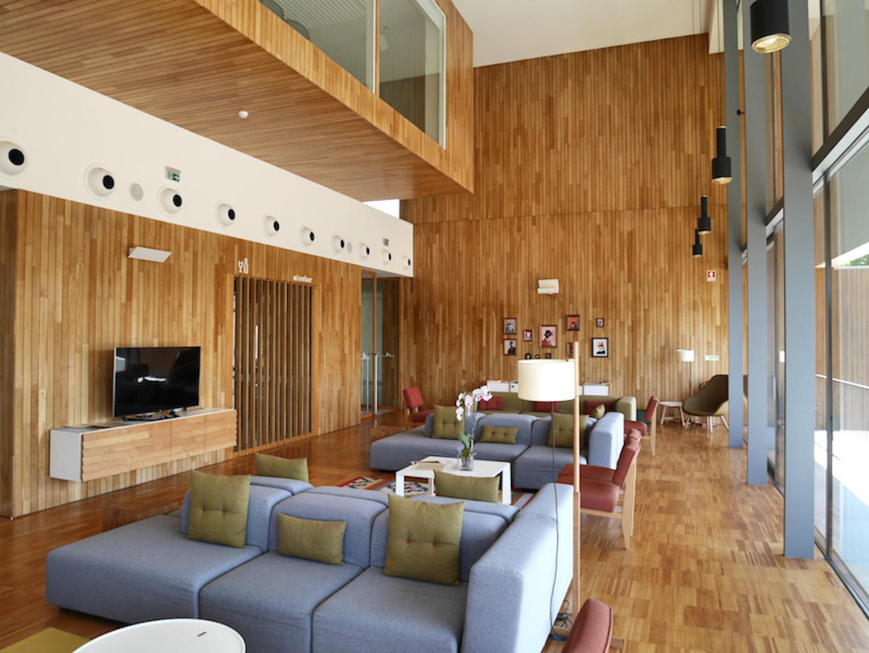 Das Hotel Alto Minho ist ein Designtraum in Portugals hohem Norden - mit einem großen Herz für Kinder!