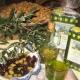 Ein Fläschchen Urlaubsfeeling zum Mitnehmen: das hauseigene Olivenöl