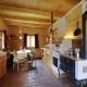 So sehen die gmiatlichen Küchen mit altem Ofen im Landgut Moserhof aus