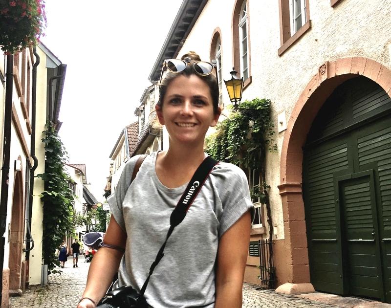 Unsere Autorin Nadine unterwegs im Pfalzurlaub mit Sohn. Hier: In Neustadt an der Weinstraße