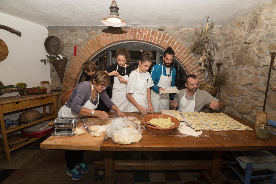 Sardinien mit Kindern: Familienkochkurs