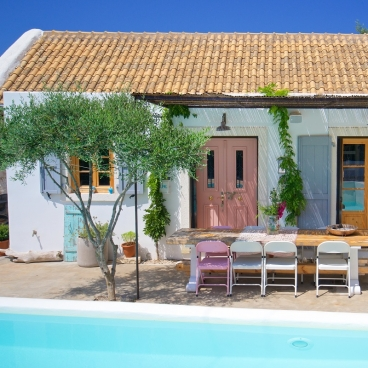 Das Lime House mit eigenem Pool