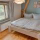 """Das kleine Schlafzimmer in der Wohnung """"Utkiek"""" ist für die Kids perfekt"""