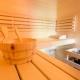 Die Sauna darf von allen Gästen genutzt werden - auch von den Kids. Ihr könnt den Bereich auch als Familie reservieren
