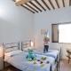 Eines der Schlafzimmer im Le Trosce