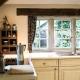 Die hyggelig-stilvolle Küche im Manor Cottage