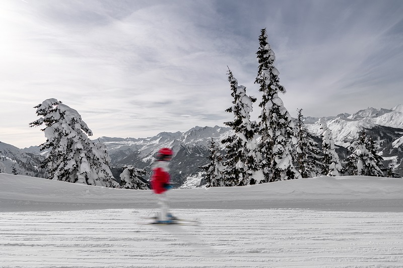 Das Hotel Edelweiss: Das Skigebiet beginnt direkt vor der Tür! So macht Skifahren mit Kindern Spaß!