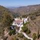 Das Ferienhaus El Aleph ist eingebettet in die Berge Andalusiens.