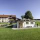 Auch der Esterer Hof von Maria und Hans Ober liegt ganz alleine in der schönen bayerischen Natur