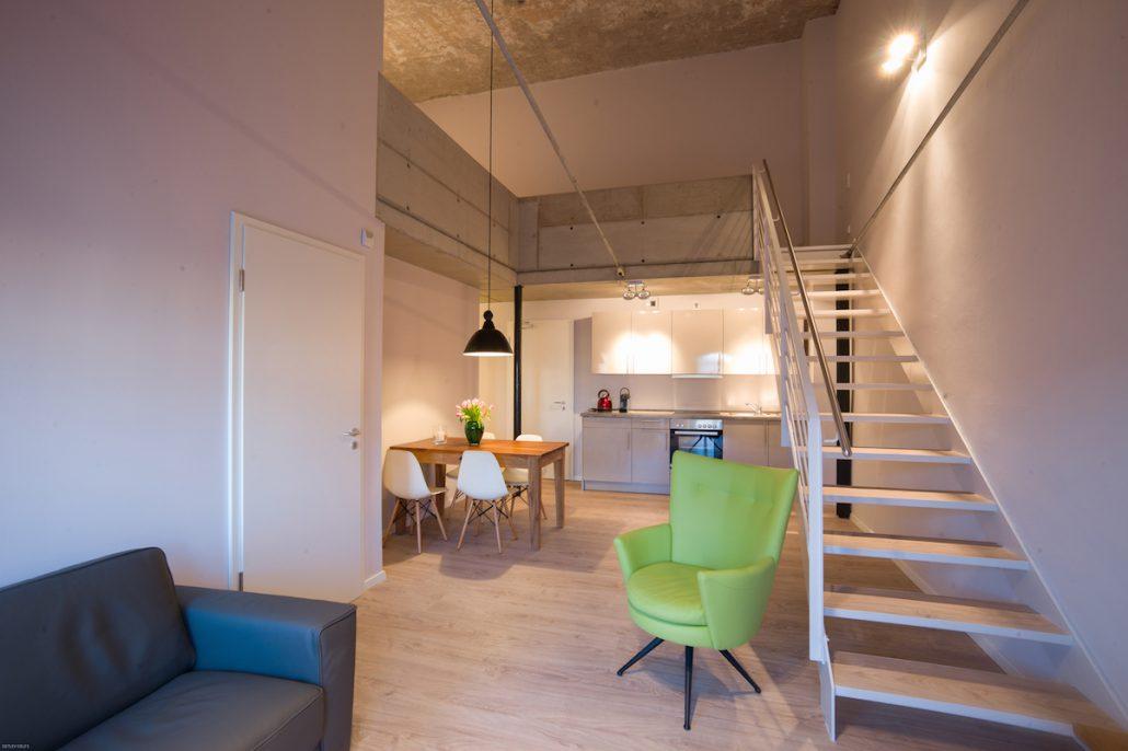 Havelblau ferienlofts stylisch wohnen am wasser mit kind und kegel - Wohnung mit garten brandenburg an der havel ...