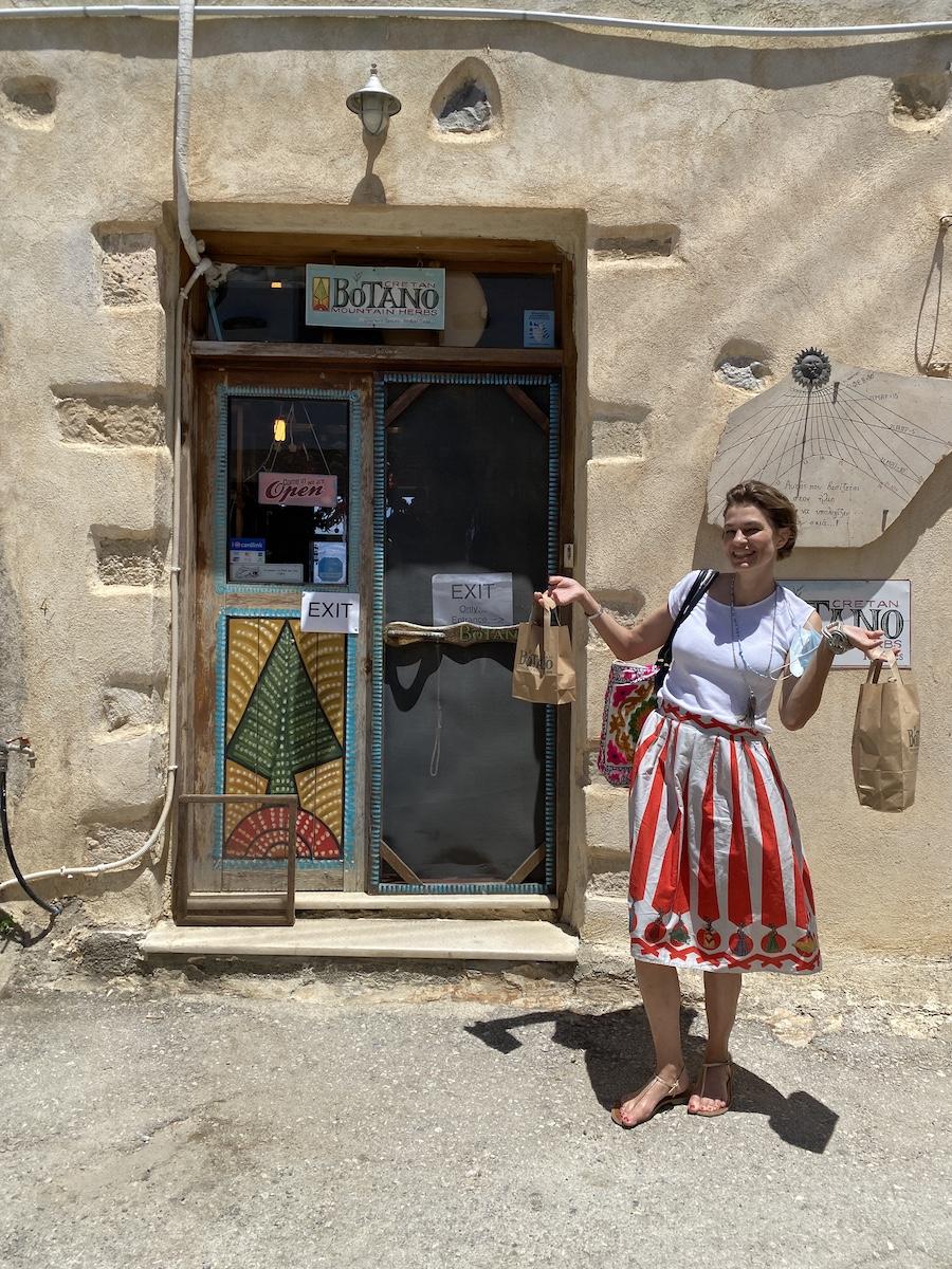 Jepp! Auch Sonja und ihre Mädels haben durchaus ein paar Dinge in Botano erstanden (was übrigens nicht übermäßig teuer ist)