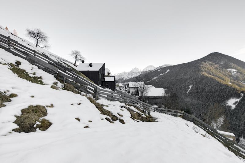 Winteridyll - das La Pedevilla im Schnee