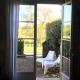 Blick auf Eure Terrasse - der perfekte Ort zum Frühstücken oder einfach Entspannen
