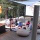 Das Sommerkino im Levendis Estate mit Saft und frischem Popcorn ist ein Highlight bei den Kindern