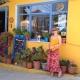 Süßschnäbeln empfiehlt unsere Autorin Vanessa das kinderfreundliche Café Spavento in Kioni