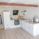 Die Ferienwohnungen im Lustrup Farmhouse haben alle voll ausgestattete Küchen