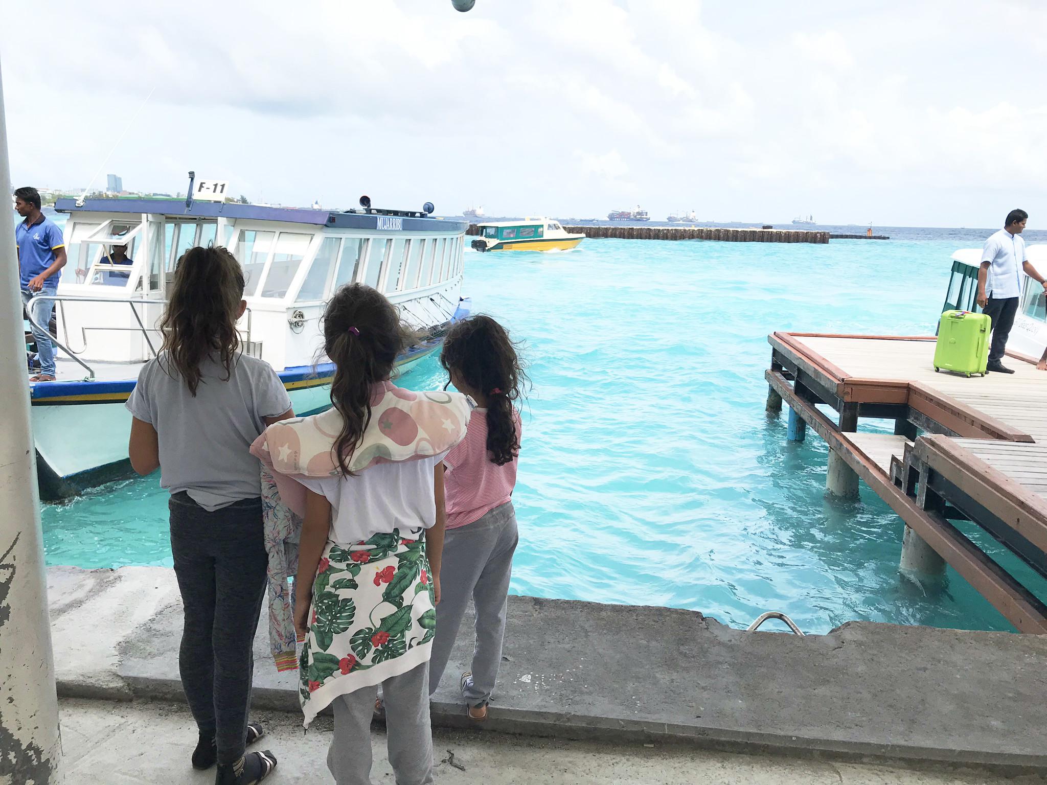 Malediven mit Kindern - Ankunft am Flughafen Malé