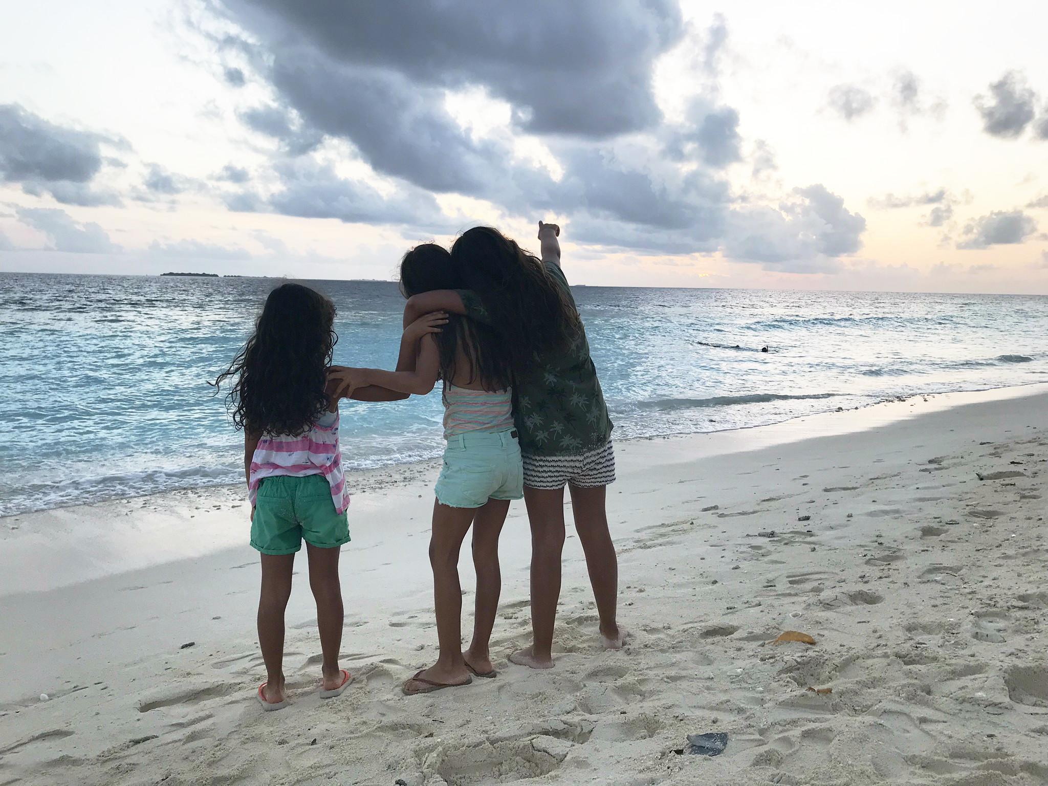 Familienurlaub auf Ukulhas: Meer, Strand, Sonnenuntergänge! Auch die Kinder fanden das famos