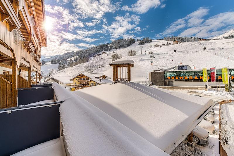Skiurlaub mit Kindern: Winterwonderland im Nesselerhof - und die Bergstation liegt gegenüber! (Foto: Nesslerhof)
