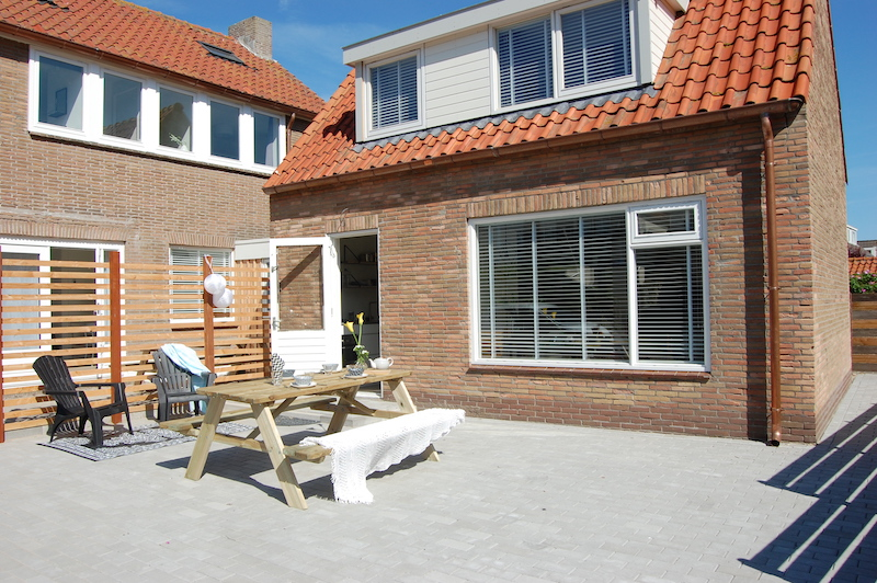 familien ferienhaus in holland cool und chic direkt am strand mit meerblick little travel. Black Bedroom Furniture Sets. Home Design Ideas