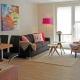 Wir mögen ja besonders die Farbtupfer im Appartement 2, in dem 4 Personen urlauben können