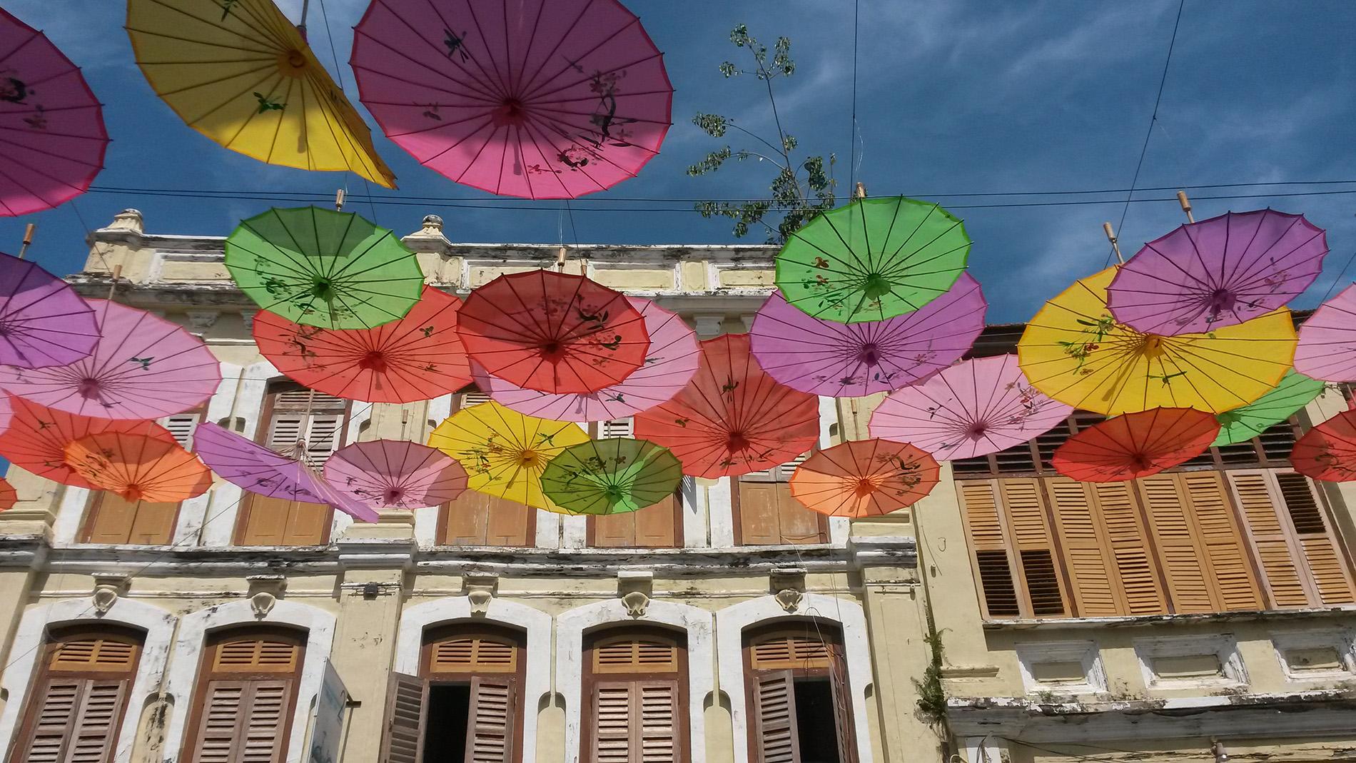 Farbenfrohes Bali, traumhaftes Reisezielfür Familien im Sommer