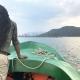 Unser Naturforscher ist mit uns auf dem Boot unterwegs