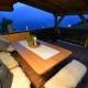 Die Terrasse der Waldhütte - Kein schlechter Platz zum abendlichen Beisammensein...